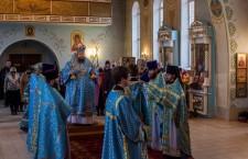 Божественная литургия св. Иоанна Златоуста пос. Орловский. 5.04.2014г.