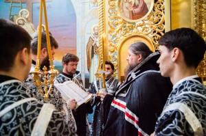 Вечернее Богослужение.Волгодонск. 15.04.2014 г.