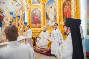 Божественная литургия святителя Василия Великого. Волгодонск. 19.04.2014г.