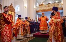 Божественная литургия. Сальск. 21.04.2014г.
