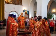 Божественная литургия. пос. Зимовники. 23.04.2014 г.