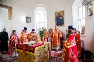 Божественная литургия. г. Пролетарск. 24.04.2014 г.