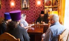 Глава Волгодонской епархии епископ Корнилий возглавил совещание по утверждению плана работы совместно с родительским комитетом Волгодонска.