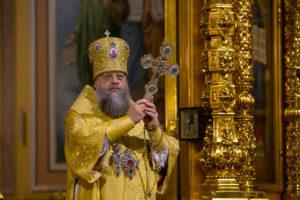 Глава Донской митрополии совершил молебное пение на новолетие в Ростовском кафедральном соборе