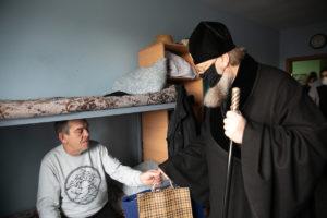 В праздник Рождества Христова Глава Донской митрополии встретился с подопечными социального приюта «Донская обитель»