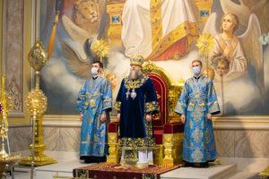 В праздник Сретения Господня Глава Донской митрополии совершил Божественную литургию в Ростовском кафедральном соборе